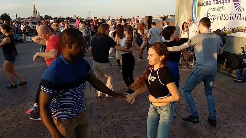 Une danse avec Amiel
