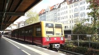 S-Bahn Berlin. DB-Baureihe 485/885.