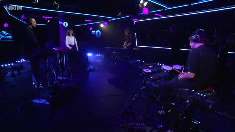 [720] Lorde - BBC Radio 1s Live Lounge Month 2017 - Full Show HD