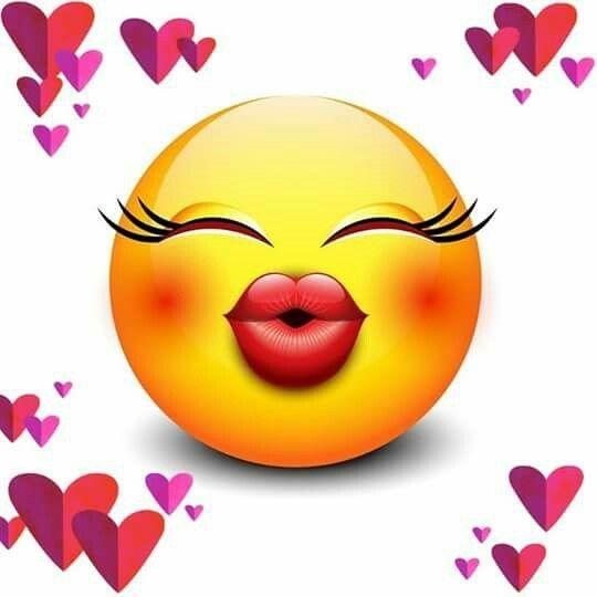 Смайлики с поцелуями картинки
