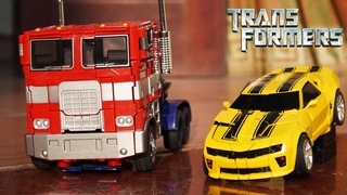 Bumblebee vs Optimus Prime & Decepticons - TRANSFORMERS STOP MOTION Robot in real life!