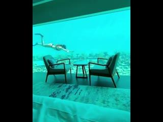 Подводный отель на Мальдивах. Ночь там стоит больше 10 тысяч долларов.