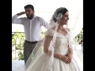 Когда сестра выходит замуж 👰🏻 и освобождается одна комната 🎉🎉🎉😂😂