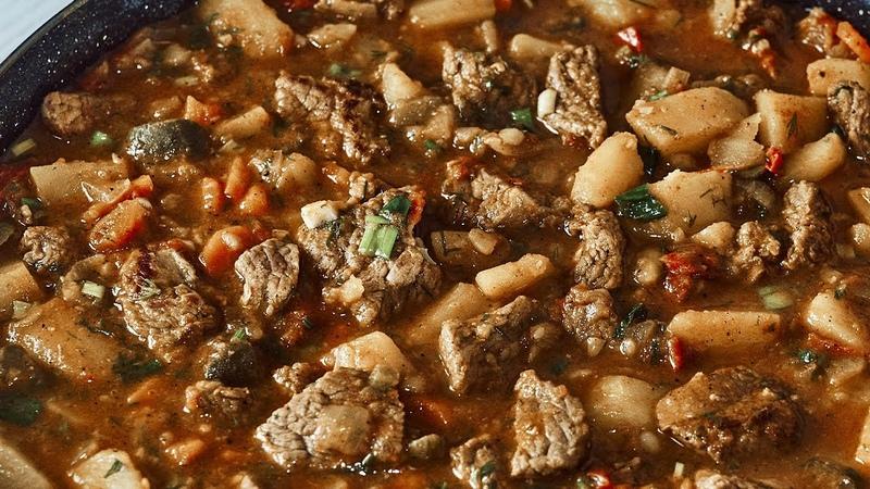 De ce n am știut această rețeta mai înainte Cea mai delicioasă rețetă cu carne și cartofi
