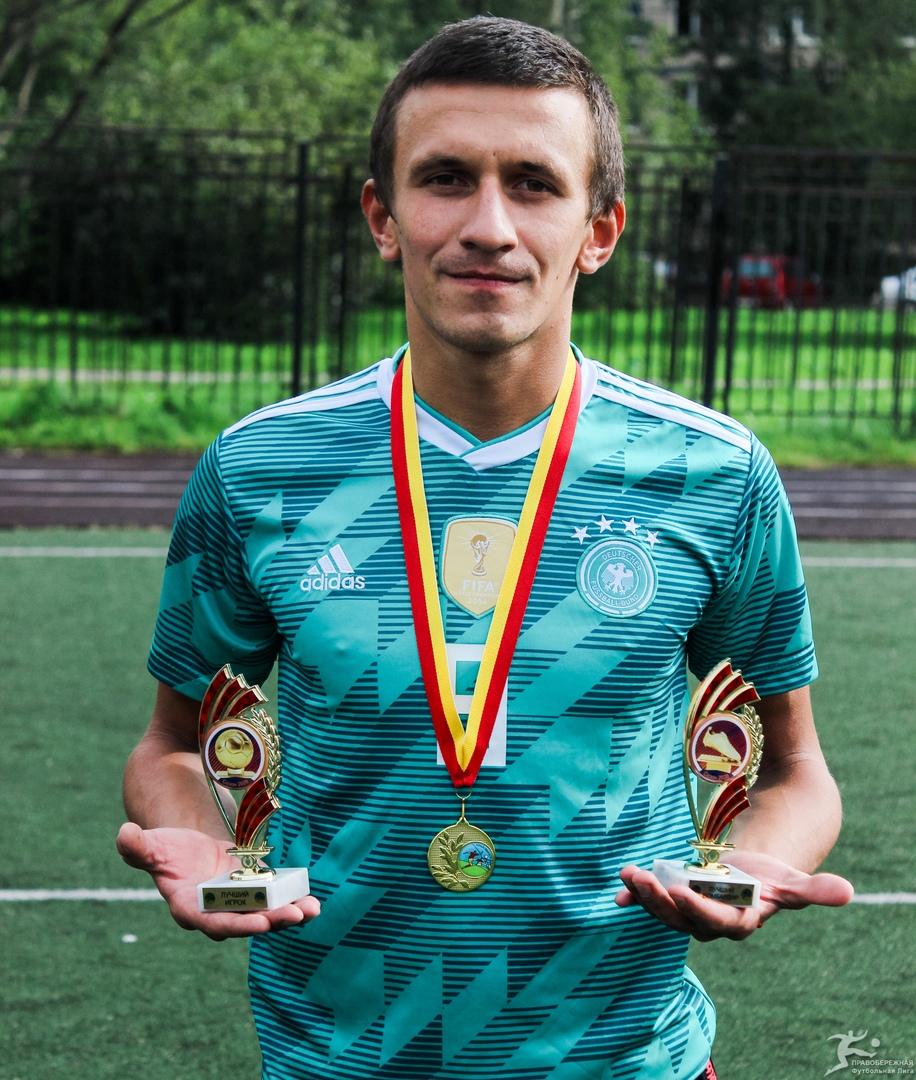 Виталий Золотенков (Майами) - лучший бомбардир и игрок 19-го Открытого кубка 6x6.