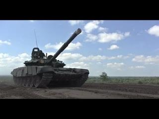 Военные исполнили мечту братьев-близнецов с особенностями развития прокатиться на боевом танке