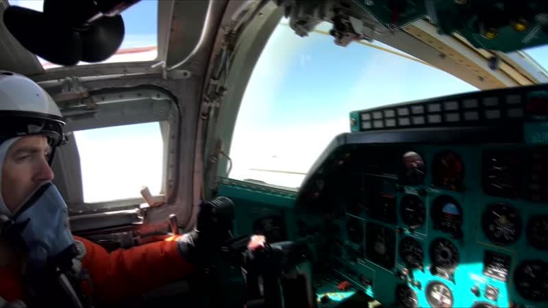 Плановый полет Ту-22М3 над нейтральными водами Черного моря.