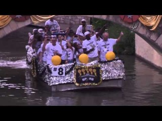 R.C. Buford Greets the Fans | San Antonio Spurs Championship Parade 2014