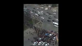 ☝️Шествие в Уфе. Народ планирует дойти маршем до Центрального рынка.