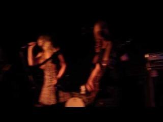 Puro Instinct - Luv Goon