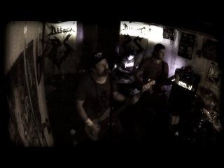 "disact grind breed (11/10/2013 в ""hard rock pub"")"