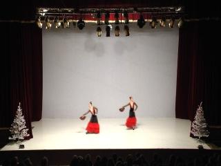 Испанский танец (Рыбалко Анна и Лилия Чаповская)
