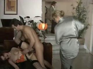 Чарующие Секреты Мисс Тодд / Les Charmes Secrets De Miss Todd (Dorcel 1988)
