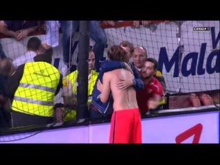Barcas Ivan Rakitic had an emotional reunion with Sevilla fans, Croat gave away his kit