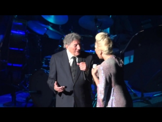 Tony Bennett & Lady Gaga - They all Laughed - Vancouver 2015