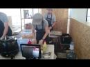 Приготовление хот догов Кетчуп и горчица Фестиваль вкусная страна 25 07 15