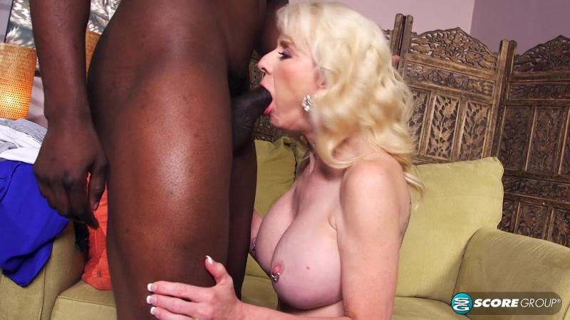 Seka black meets an interracial master bull