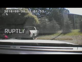 USA: Charlotte police release dashboard footage of Scott shooting