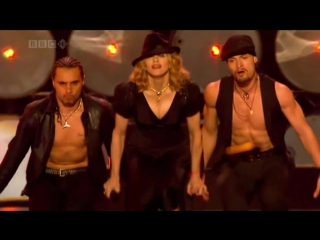 Gogol Bordello & Madonna - La Isla Bonita (Live Earth). 2007