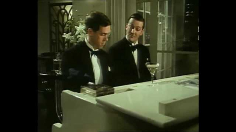 Hugh Laurie and Stephen Fry Playing the Piano II