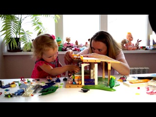 Собираем первый этаж летнего домика для детей конструктор Playmobil Набор для сюжетно-ролевых игр.