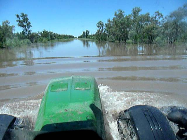 John deere 8345r going through deep water