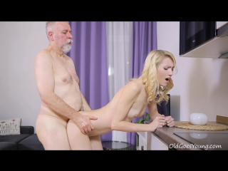 Oldgoesyoung.helena[group-инцест,taboo,all sex +18]