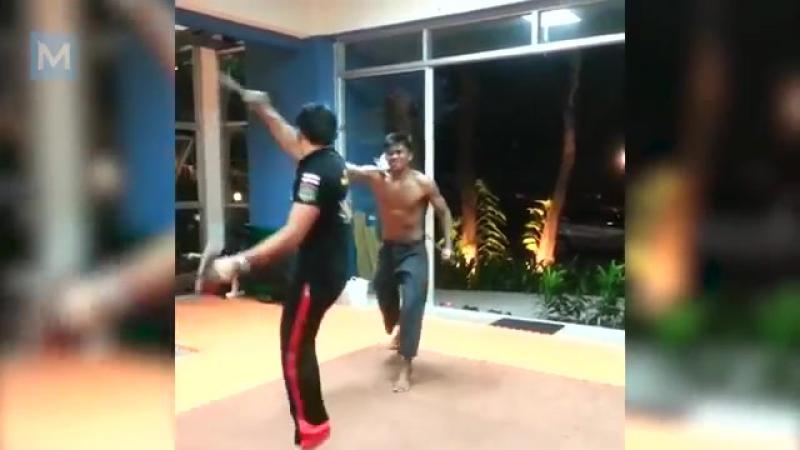 2yxa_ru_Buakaw_Banchamek_Muay_Thai_Training_Muscle_Madness_NEpMH2MObX4
