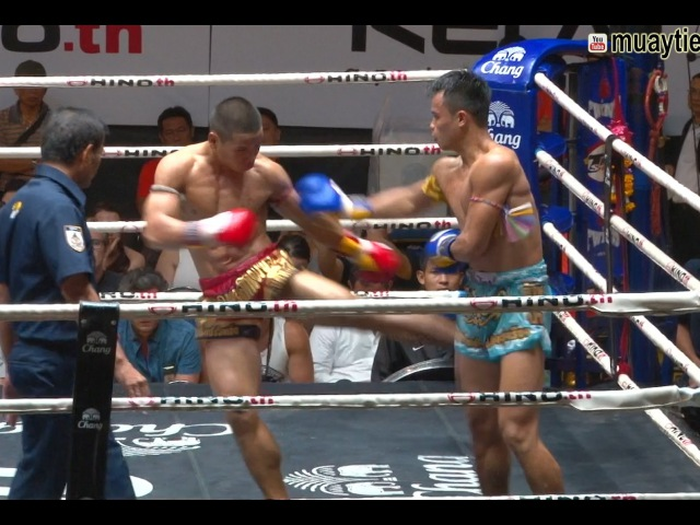 Muay Thai Yodlekpet vs Kaimukkao ยอดเหล็กเพชร vs ไข่มุกขาว Lumpini Stadium Bangkok 24 6 16 muay thai yodlekpet vs kaimukk