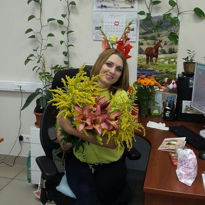Лена Реуцкая