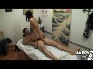Мужик после работы пришёл на массаж где и поебался от души [Порно и Секс 18+]