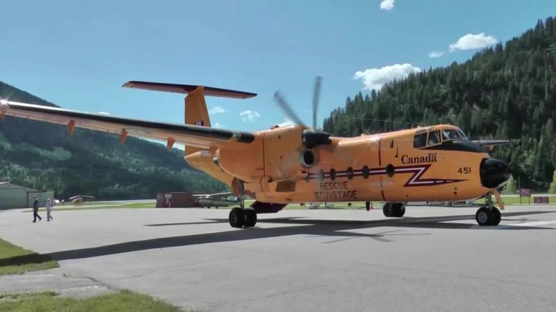 ROYAL CANADIAN AIR FORCE SAR De Havilland Canada CC 115 DHC 5 Buffalo Close Up Takeoff[1]