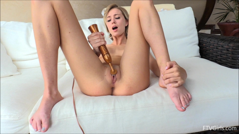 naked-picture-hot-young-solo-girls-dildo-orgasm