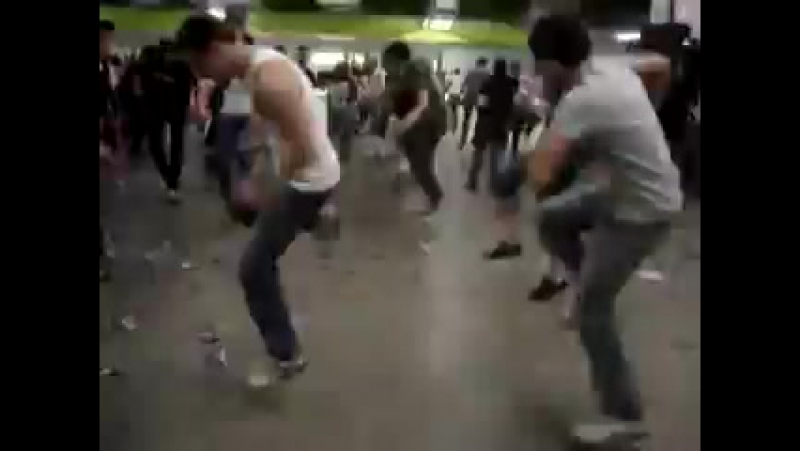 Jump style, Melborn Shuffle