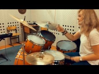 Anika Nilles-Pikalar (drum cover)