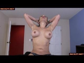 [Primals Taboo Sex] Claudia Valentine - Comforting My Mom 720p
