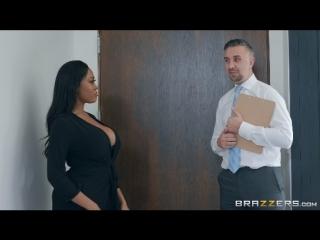 Moriah Fucks Her Muse [Moriah Mills, Keiran Lee] (Sex, Blowjob, Big Ass, Big Tits, Interracial, Brazzers)
