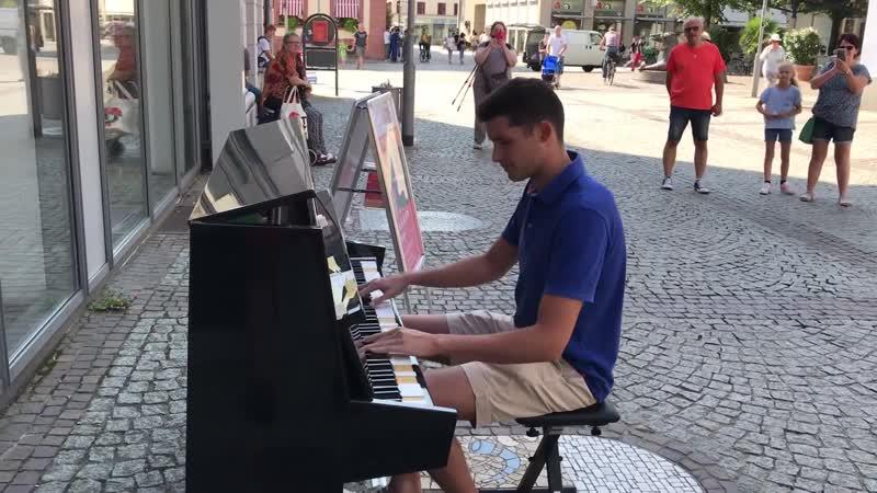 Alan Walker Faded Street Piano Performance Offenburg