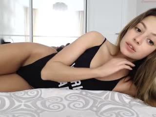 Шикарная девочка / x-art / porn / 18+ / brazzers / sex / brunette / blonde / russia / girls / mofos