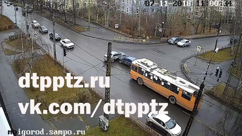 Два ДТП. Пострадал пассажир троллейбуса