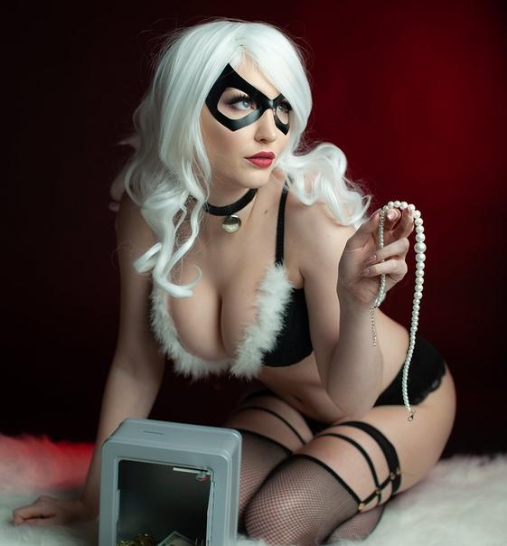 Geek girls online bondage