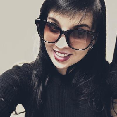 Анна Тюмченкова