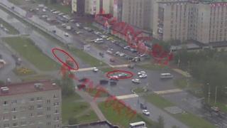 Бензовоз влетел в бок авто в Сургуте