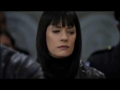 Мыслить как преступник - Эмили идет сдаваться Дойлу