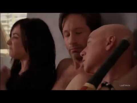 Смешной момент Хэнк в постели с Марси Californication / Блудливая Калифорния