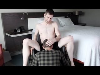 Secret Sexy Pleasure Points On Men – Ft. Gay Porn Star Thyle Knoxx