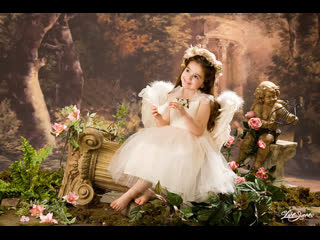 День смеющих ангелов  Автор: Зоя Беликова