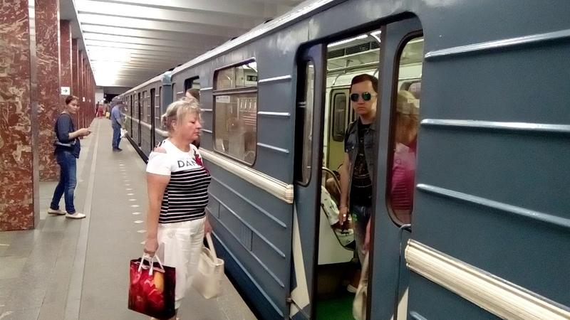 Метропоезд серии 81-717 /714 Номерной - Базовый, станция Каширская ЗЛ.