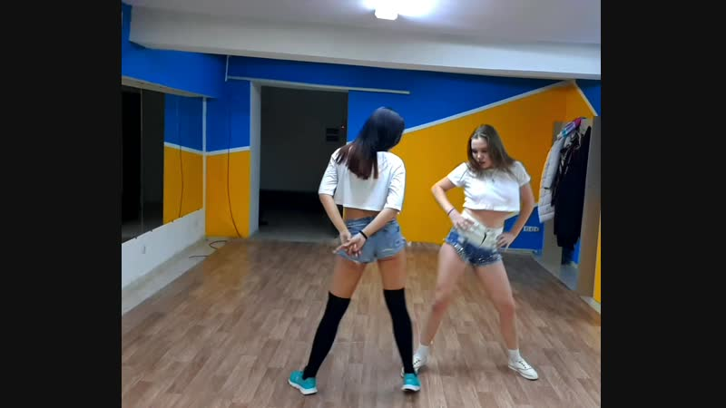 Танец реггетон dance reggaeton (daddy yankee; de la ghetto; arcangel; farruko; baby rasta y gringo - llegamos a la disco)
