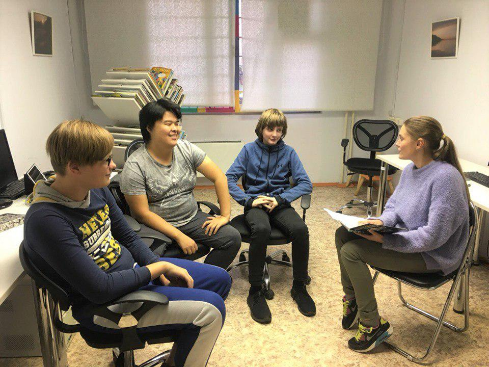 Встреча членов совета читателей состоялась в одной из библиотек Некрасовки